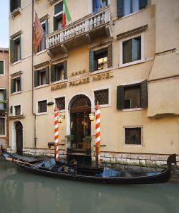 Façade, Duodo Palace, Venise, Italie