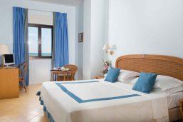 Chambre, Hôtel Del Levante, Pouilles