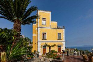 Façade, Torre Barbara, Sorrente, Naples