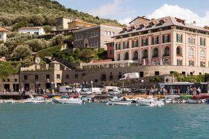Façade, Grand Hotel Portovenere, Parc national des Cinque Terre (Cinq Terres), Ligurie, Italie