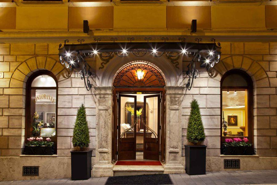 Façade extérieure, hôtel Albergo Ottocento, Rome