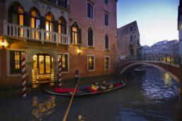 Entrée, Hôtel Ai Reali, Venise, Italie.