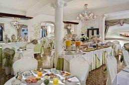 Salle petit déjeuner, Hotel Giorgione, Venise, Italie