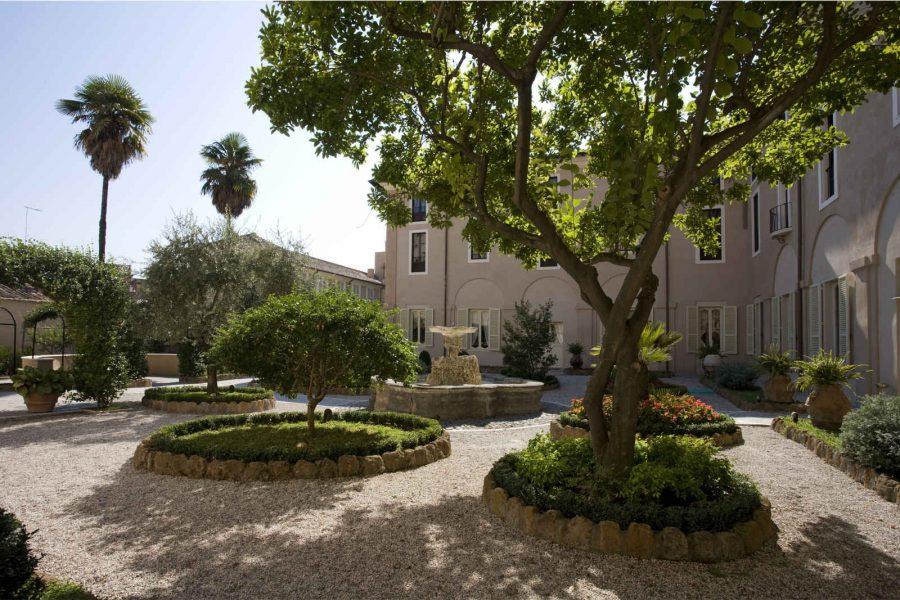 Jardins, hôtel Voi Donna Camilla Savelli, Rome, Italie