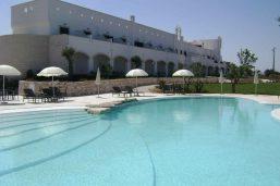 Piscine, hôtel Borgobianco Resort & Spa, Pouilles, Italie