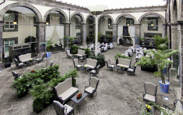 Restaurant, Palazzo Caracciolo