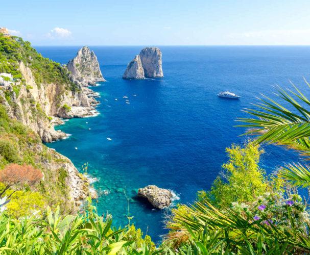 Rochers Faraglioni, Capri, Italie<br>
