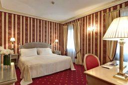 Chambre classique, hôtel Palazzo Sant'Angelo, Venise, Italie
